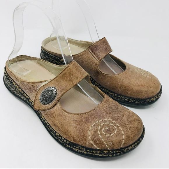 d1bde6b346455 Rieker Tan Daisy Slip On Swirl Clog Sandal 37
